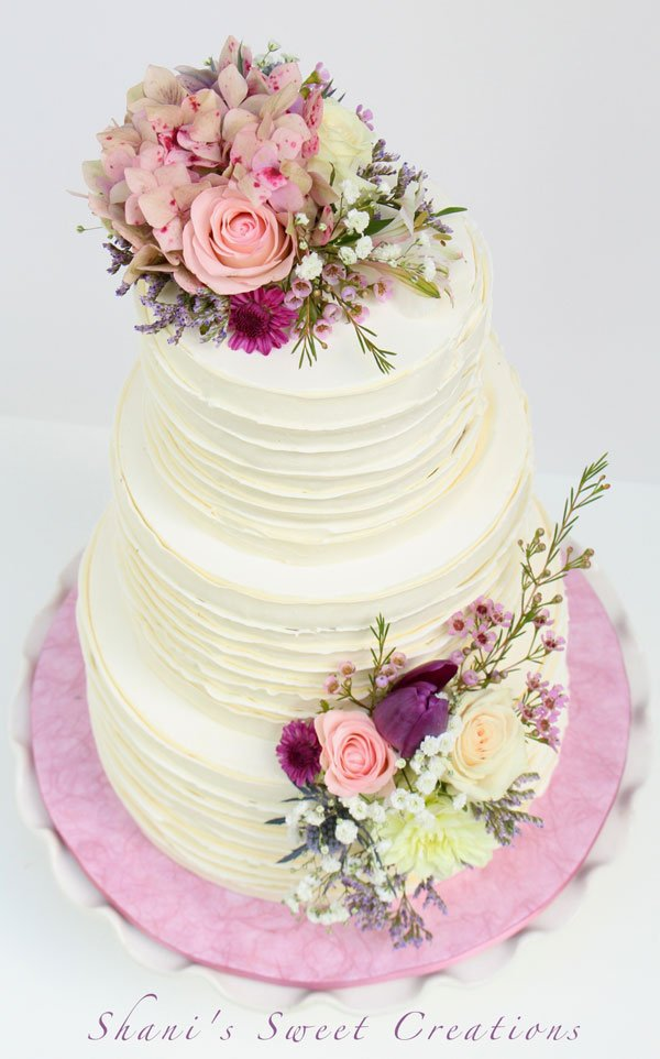 wedding cake with fresh flowers pictures wedding cake gallery shani s sweet 26894